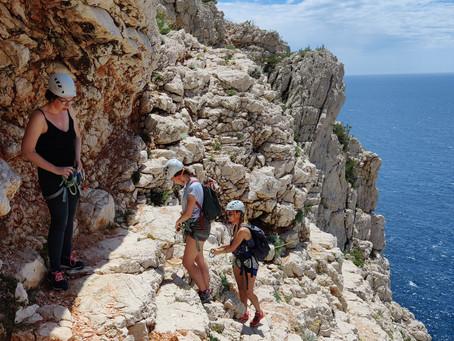 Tour du bec de Sormiou en Juin avec des Bordelaises, une superbe journée en soleillée!