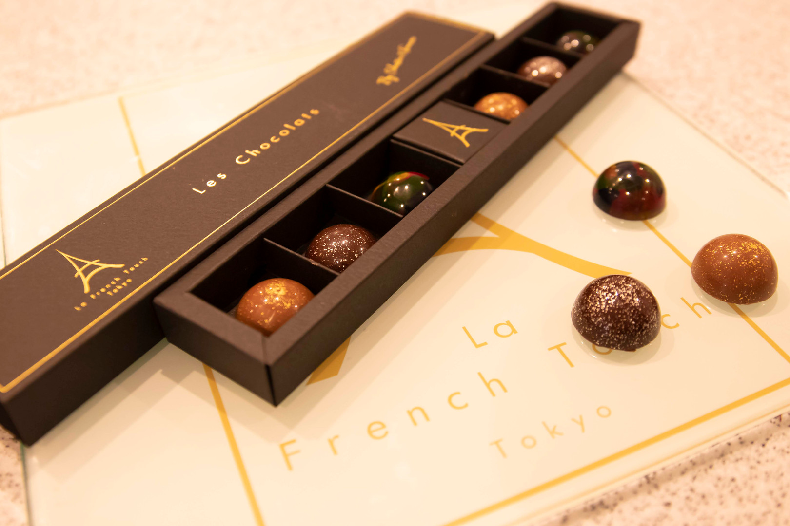 Prestigious chocolates boxes