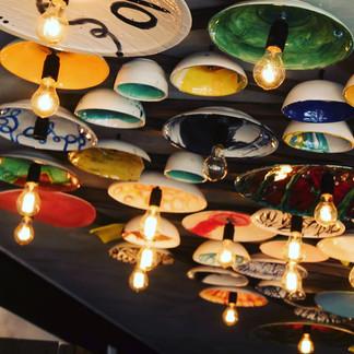 Intervención del techo con estructuras de cerámica para Maria Antonieta Cupcakes