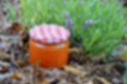 Confiture d'abricots aux amandes et à la vanille