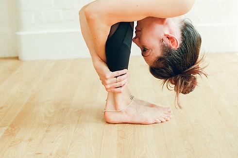 emily_yoga-131.jpg