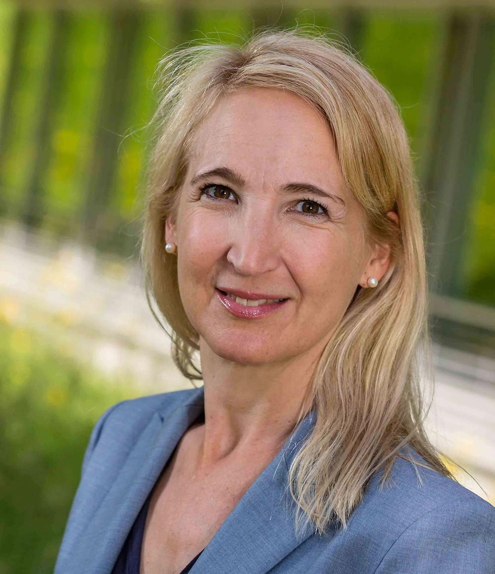 Sandra Weinstock, Swiss Re Foundation