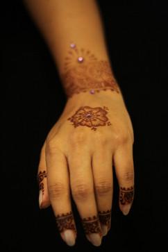 modernist henna
