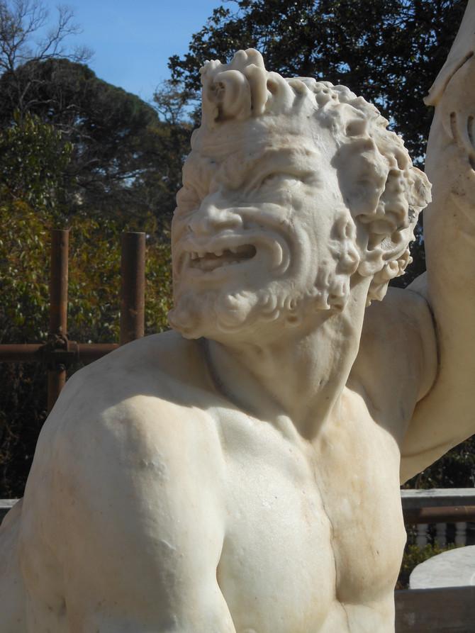 Il viso del Tritone dopo il restauro
