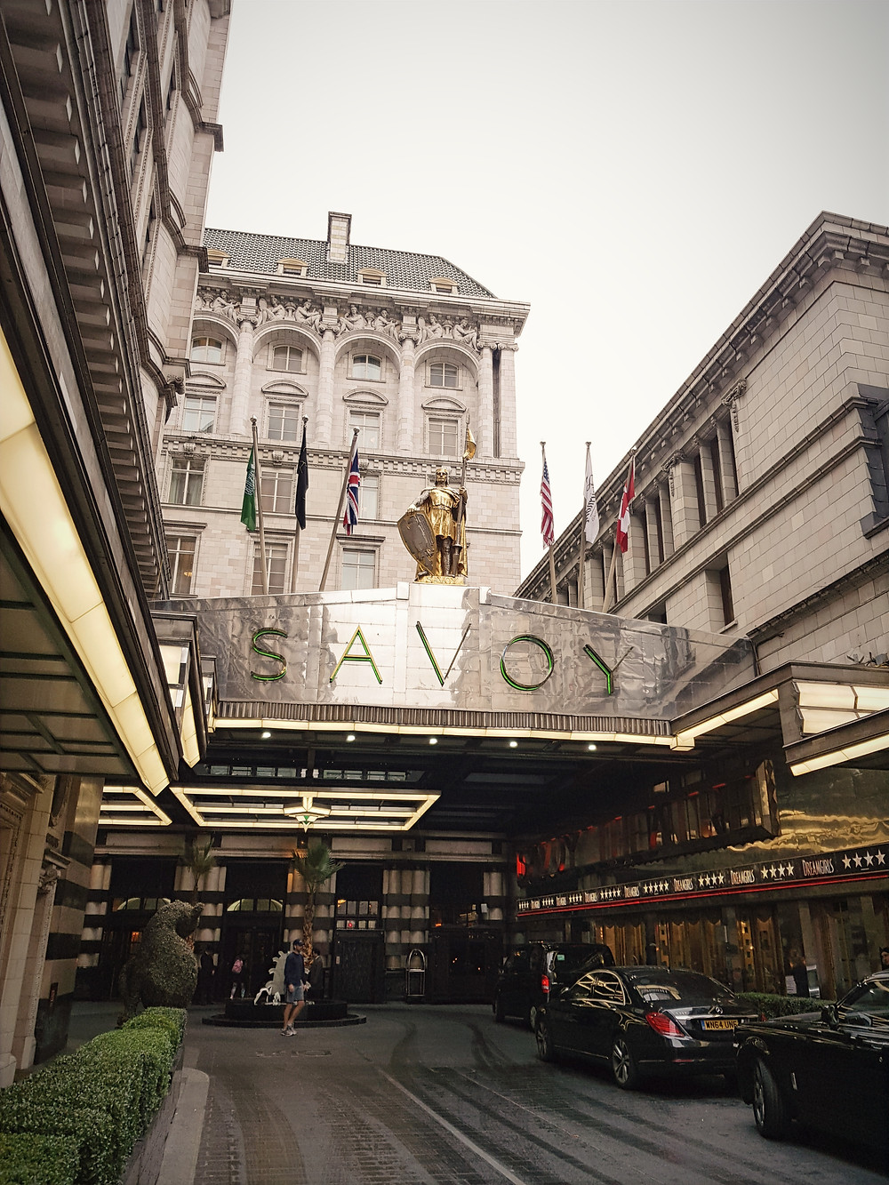 מלון סבוי, מהמפורסמים בלונדון, הנמצא בסמוך לקובנט גארדן