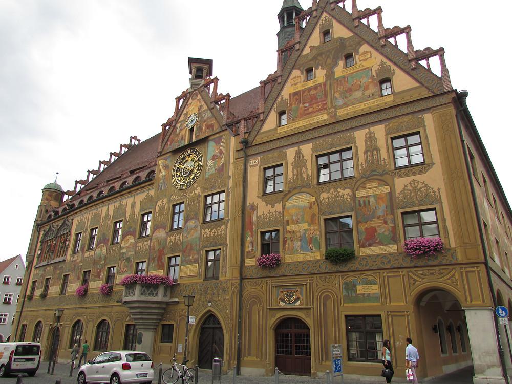 בית העירייה העתיק של אולם