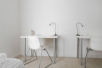 san francisco rental housing desk work space