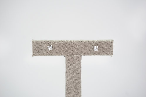 9ct White Gold Certified 0.1ct Diamond Studs