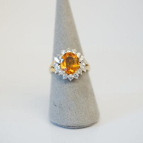 18ct Yellow Gold Topaz Diamond Ring