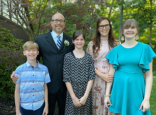 Bettinger family photo 2.jpg
