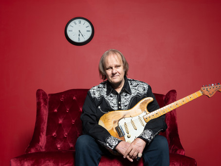 """American Blues Scene - Walter Trout, Not Your """"Ordinary Madness"""""""