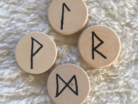Winterfinding & Runes from the Well