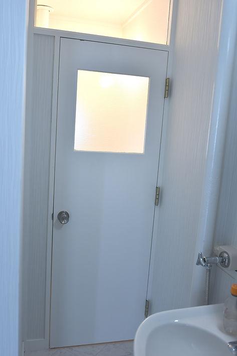 トイレドア2.JPG