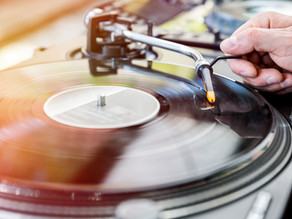 THE 5 BEST TURNTABLES FOR DJS