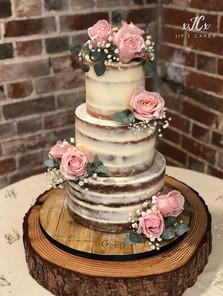 Semi-naked wedding cake with Lovelace roses   Jip's Cakes : wedding cakes Essex & Hertfordshire