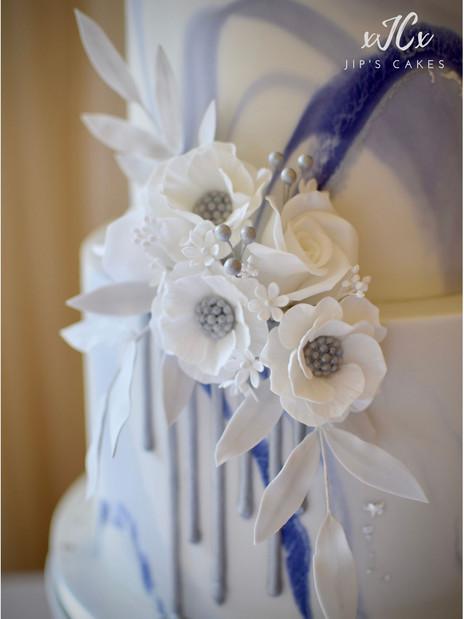 Blue marble wedding cake | Jip's Cakes | Wedding cakes Essex & Hertfordshire