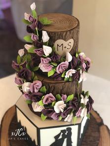 Trailing sweet pea flowers wedding cake   Jip's Cakes   Wedding cakes cambridge   Wedding cakes Essex & Hertfordshire
