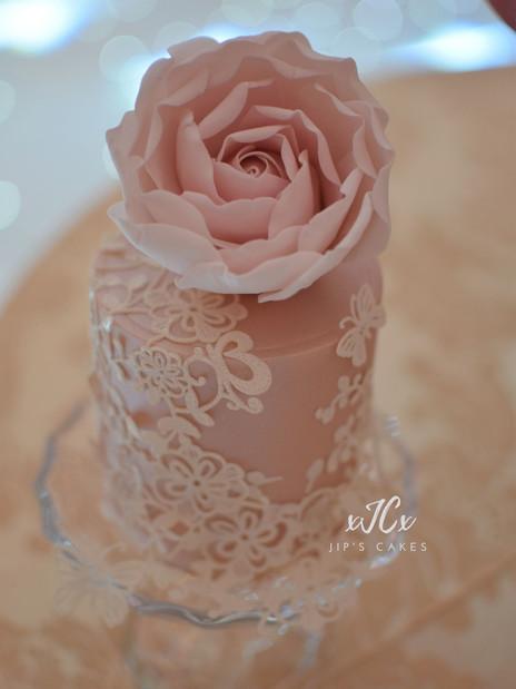 Mini cake | Jip's Cakes | Wedding cakes London | Wedding cakes Essex & Hertfordshire