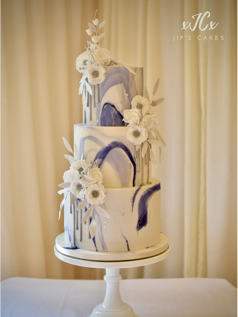 Blue marble Cake | Jip's Cakes | Wedding cakes Essex & Hertfordshire