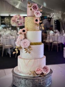 Pink and gold wedding cake   Jip's Cakes   Wedding cakes Essex & Hertfordshire