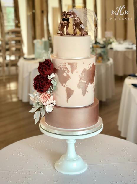 Travel theme wedding cake | Jip's Cakes : wedding cakes Essex & Hertfordshire