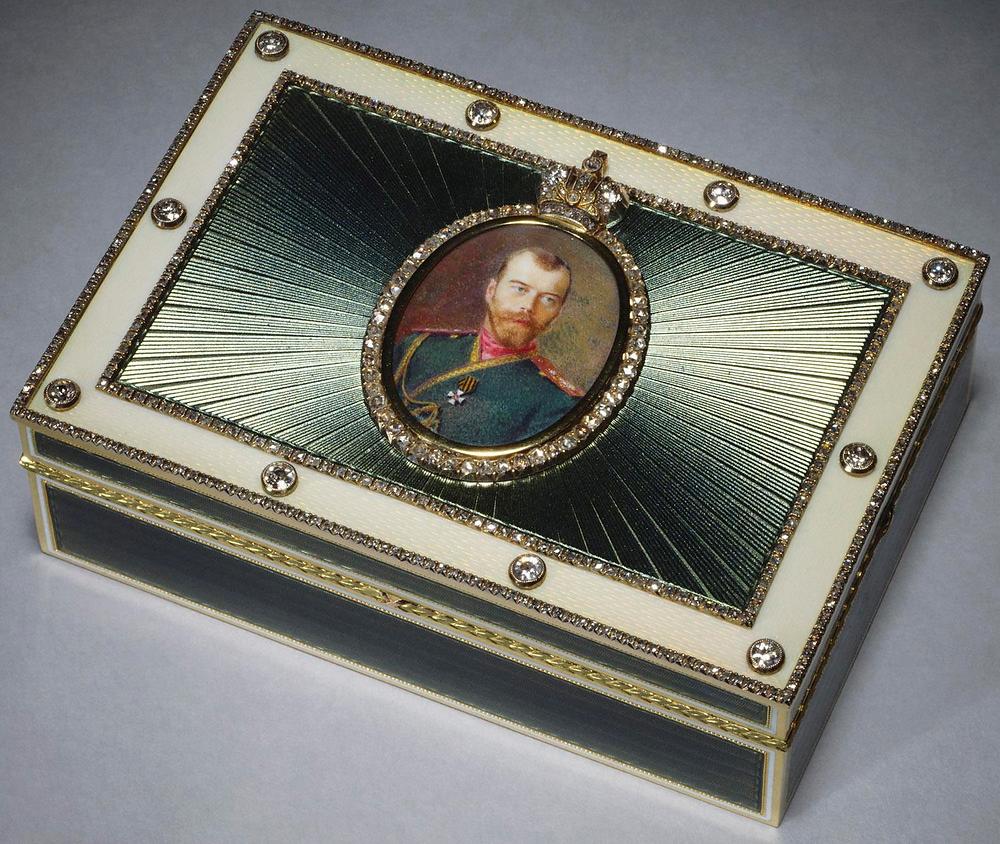 Императорская подарочная коробка