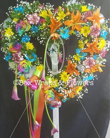 #heartonaneasle #boxwrapsandflowers #sai