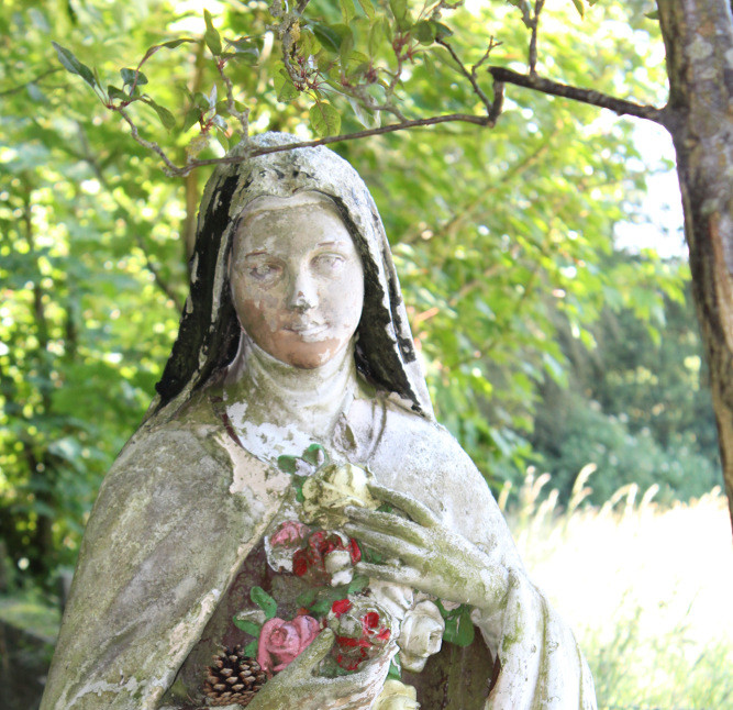 St Katharine statue