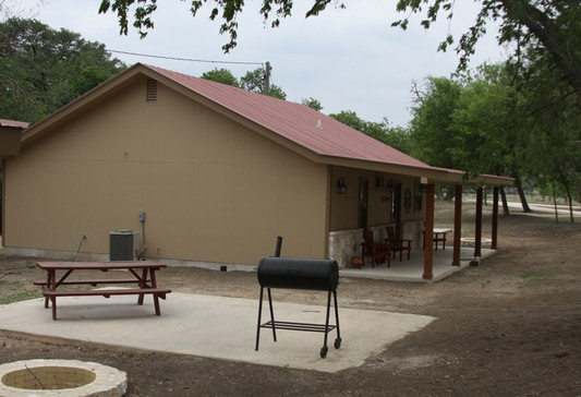 cabins-on-the-frio-2