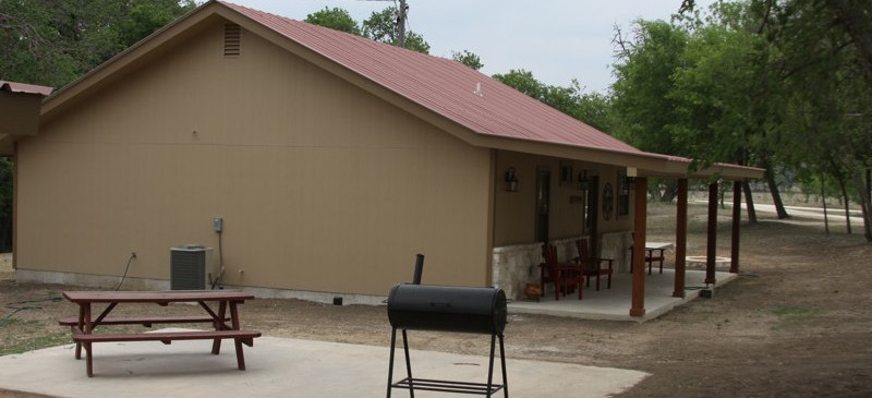 cabins-on-the-frio-18