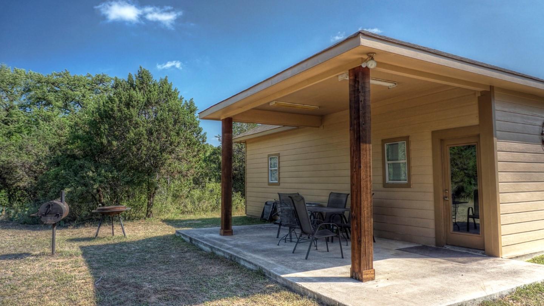 Cabins-near-Garner-State-Park-3
