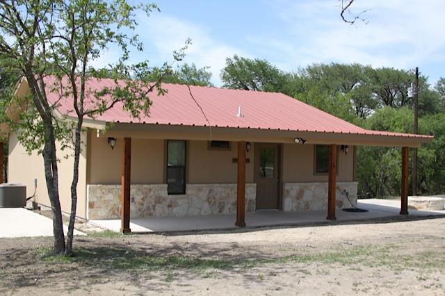 frio-river-cabins-1