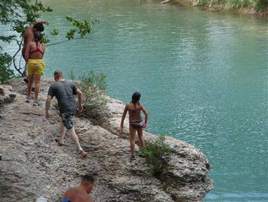 frio-river-tubing-10