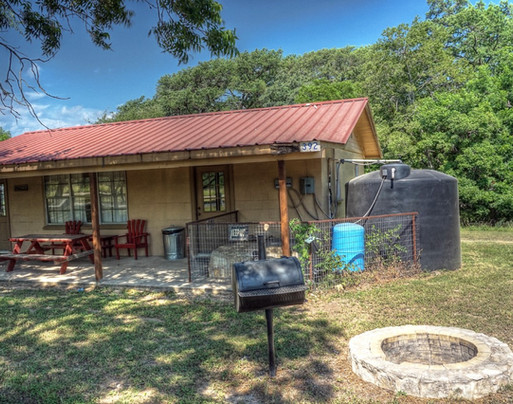 Where-to-stay-on-the-frio-6