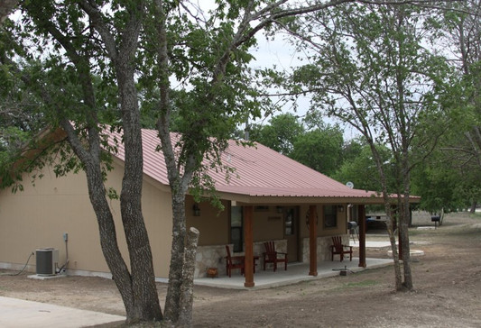 cabins-on-the-frio-1