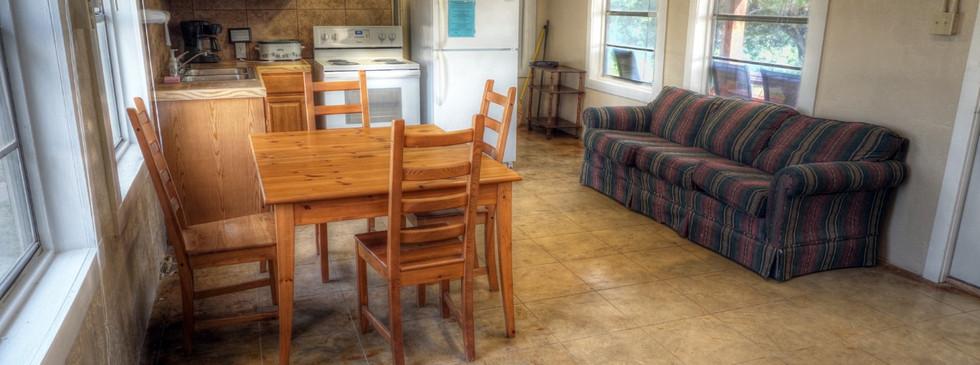 Cabins-Near-Garner-State-Park-14