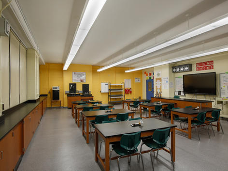 IS 167 Manhattan - Science Classroom
