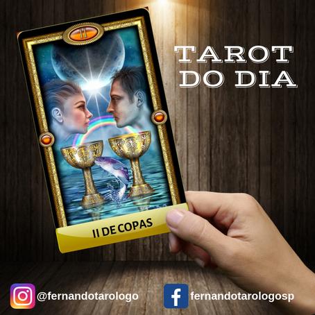 TAROT DO DIA 10/09/2019 - II DE COPAS