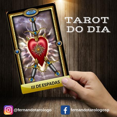TAROT DO DIA 27/08/2019 - III DE ESPADAS