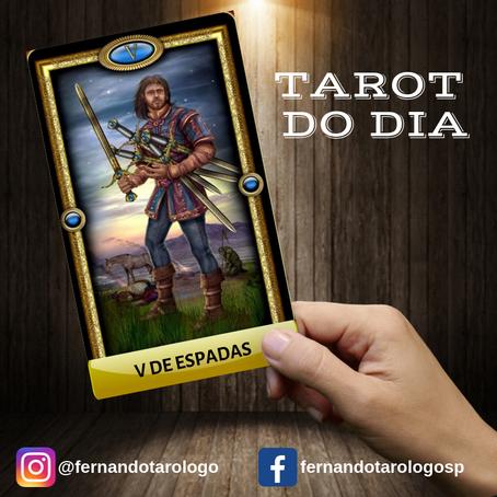 TAROT DO DIA 13/09/2019 - V DE ESPADAS