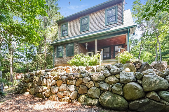 60 Clay Pond Road