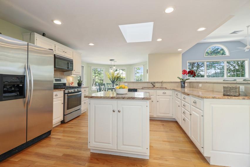 011-photo-kitchen-8651267.jpg