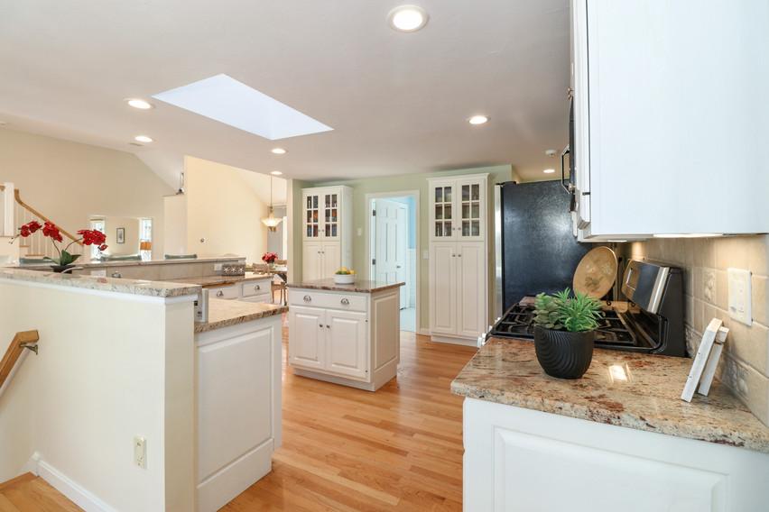 012-photo-kitchen-8651269.jpg