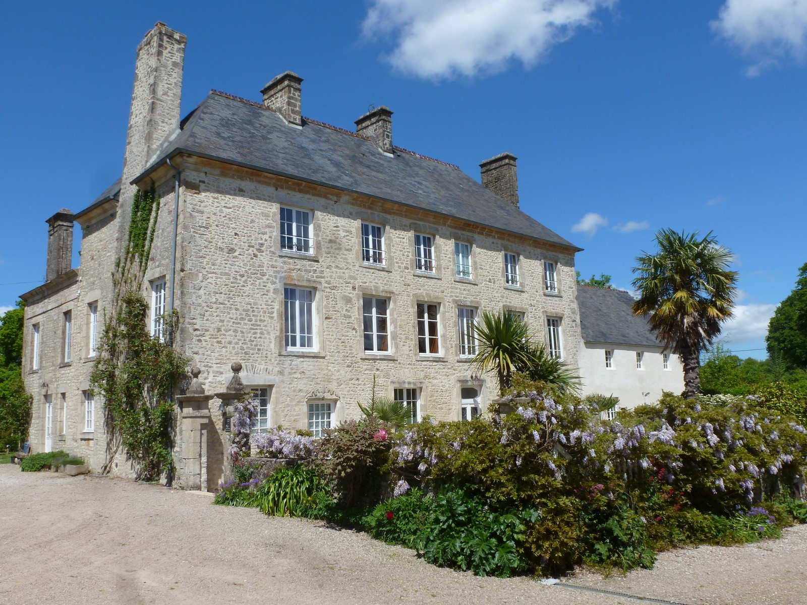 The manoir de savigny