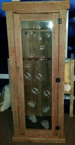 Rustic Barn Wood Gun Cabinet