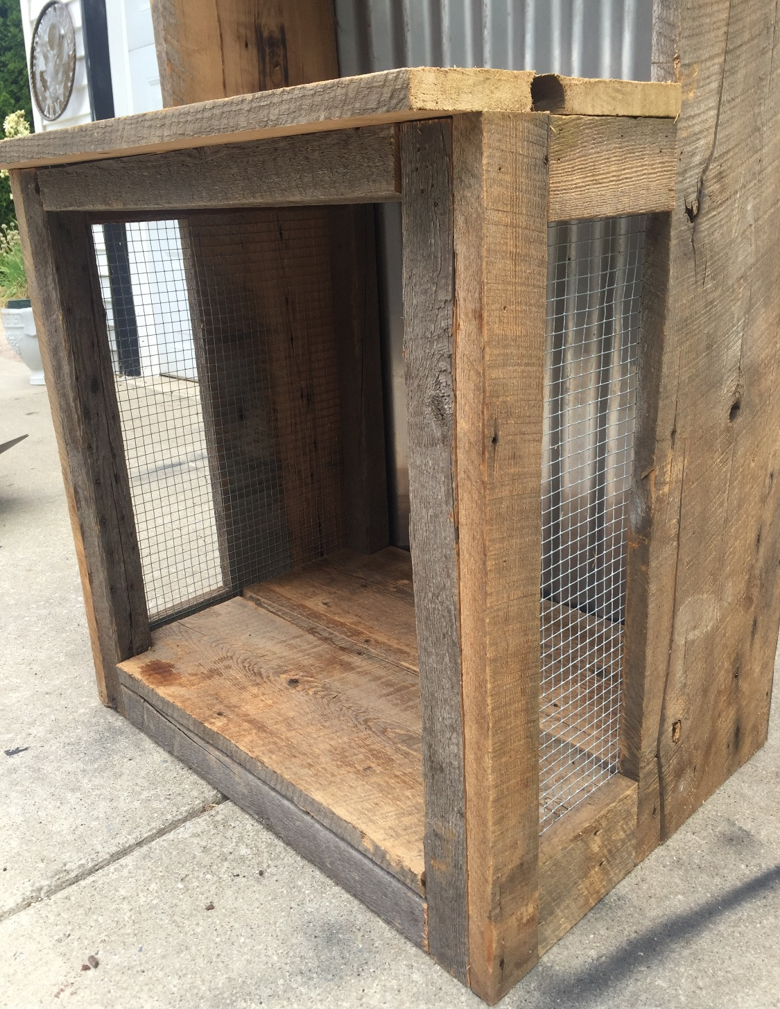 Rustic Book Shelf Dog Bed