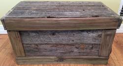 Barn Wood Flat Top Chest w/Cedar