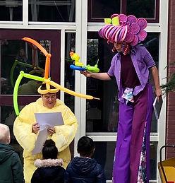 Ballonen vouwer, De Boel op Stelten