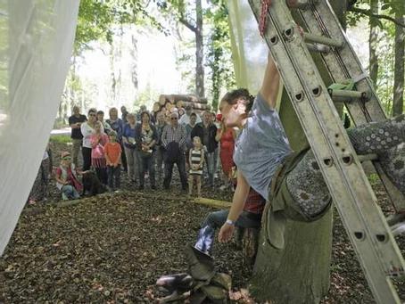 Vuurol, het locatietheaterfestival in de bossen van Lage Vuursche