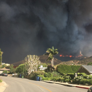 Despite evacuation orders, some Malibu residents 'stay and defend' homes